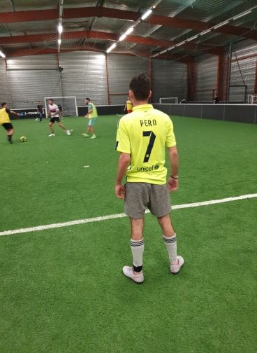 soccer-player-foot-5-11